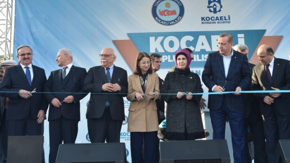 Minister Avcı attends mass inaugurations ceremony in Kocaeli
