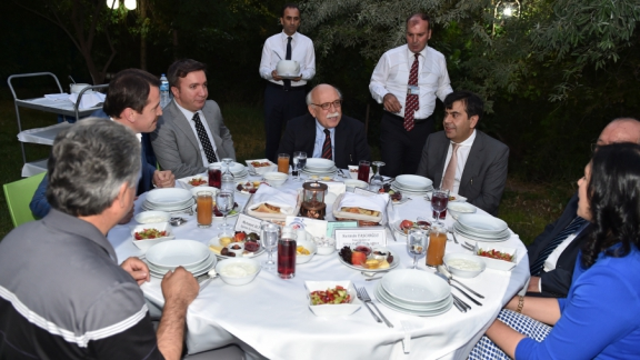 Minister Avcı meets with education trade unions at iftar dinner